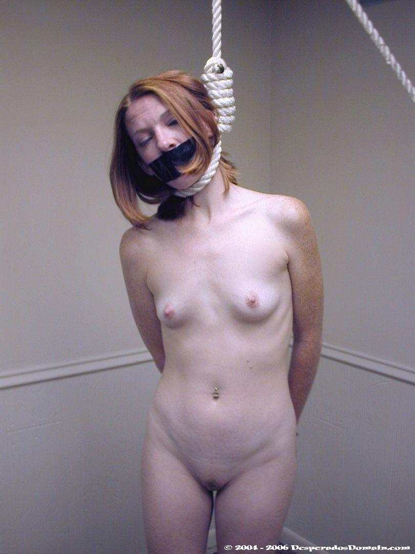 Information BDSM women hanging by neck