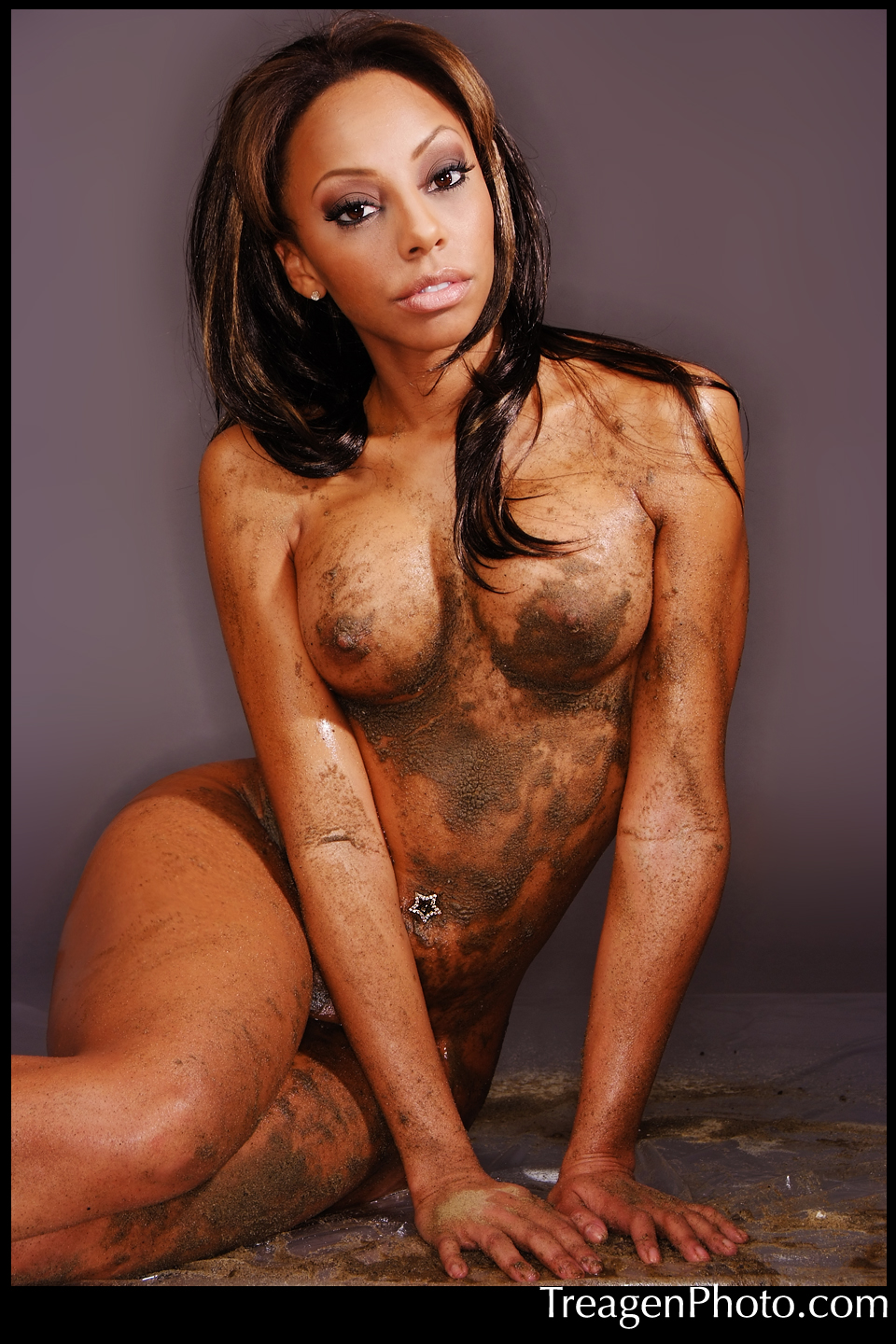 The nude in prancer