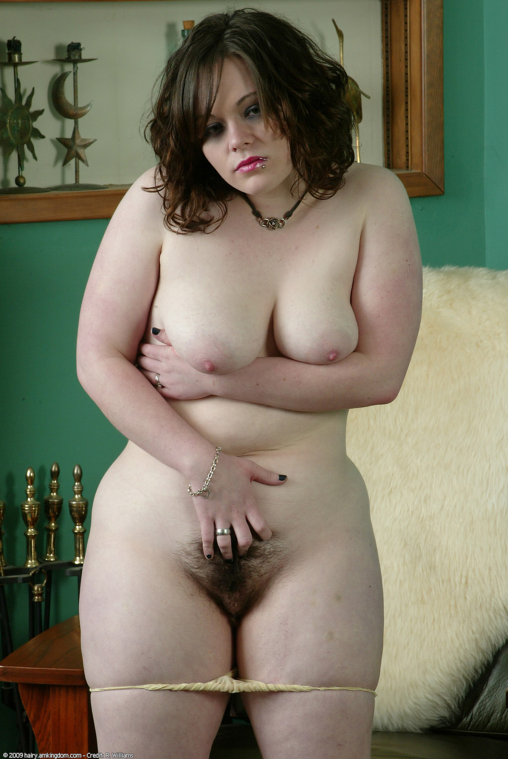 dark haired chubby girl naked