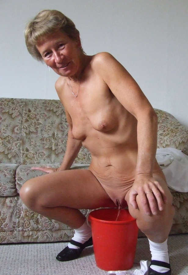 Naked grannies pissing