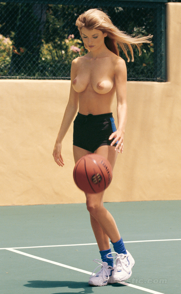 basketball-boobs-naked