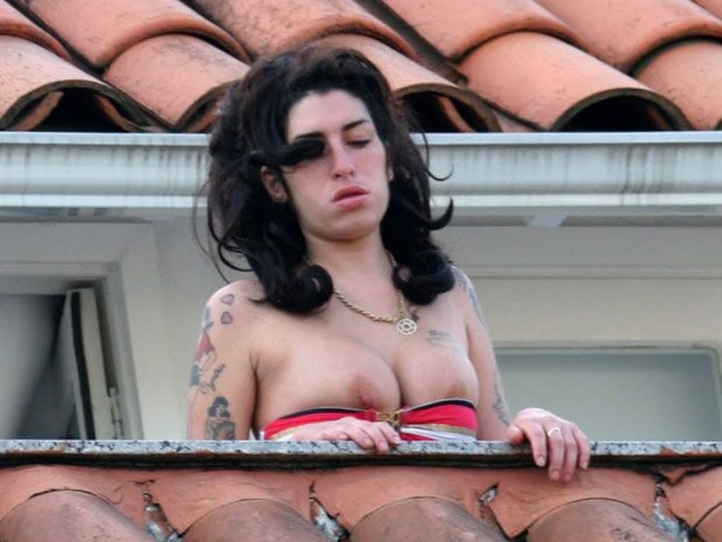 Amy winehouse slut guess just