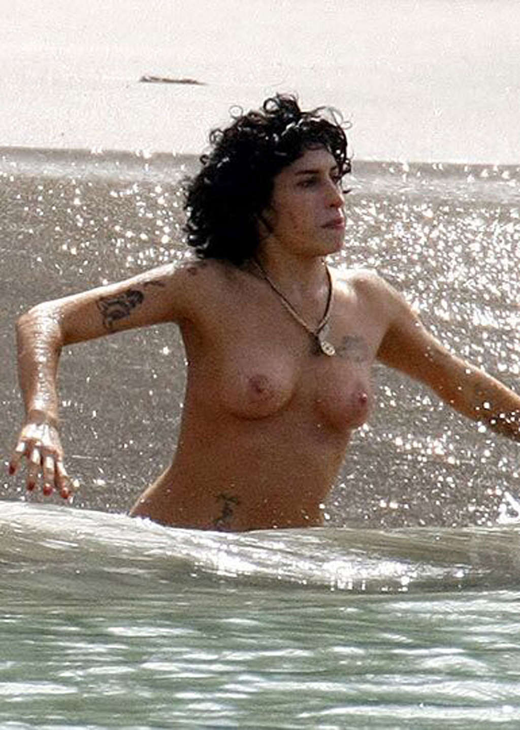 Amy winehouse nude pictures free