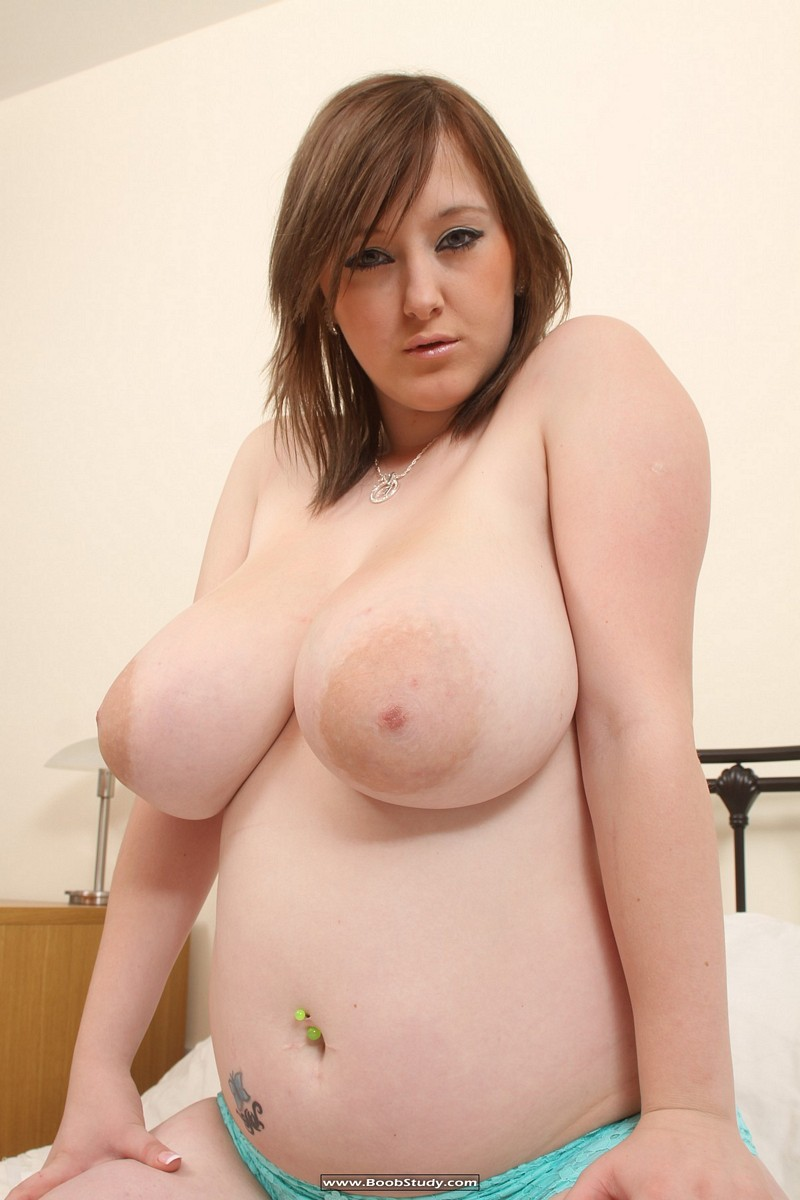 Busty chubby natural