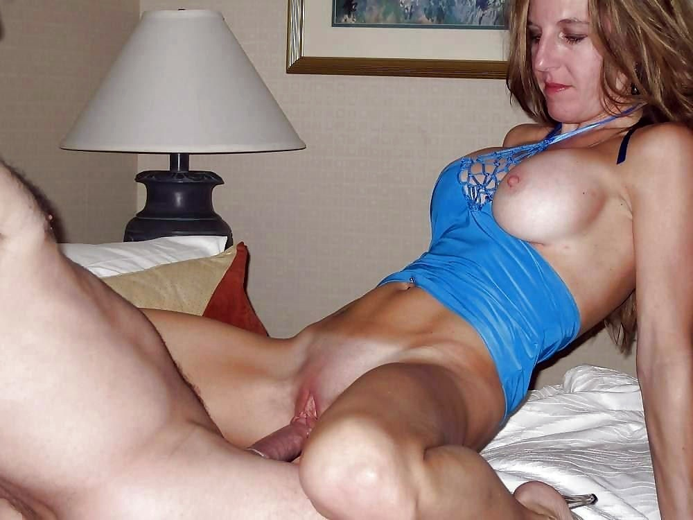Amateur naughty wife sharing