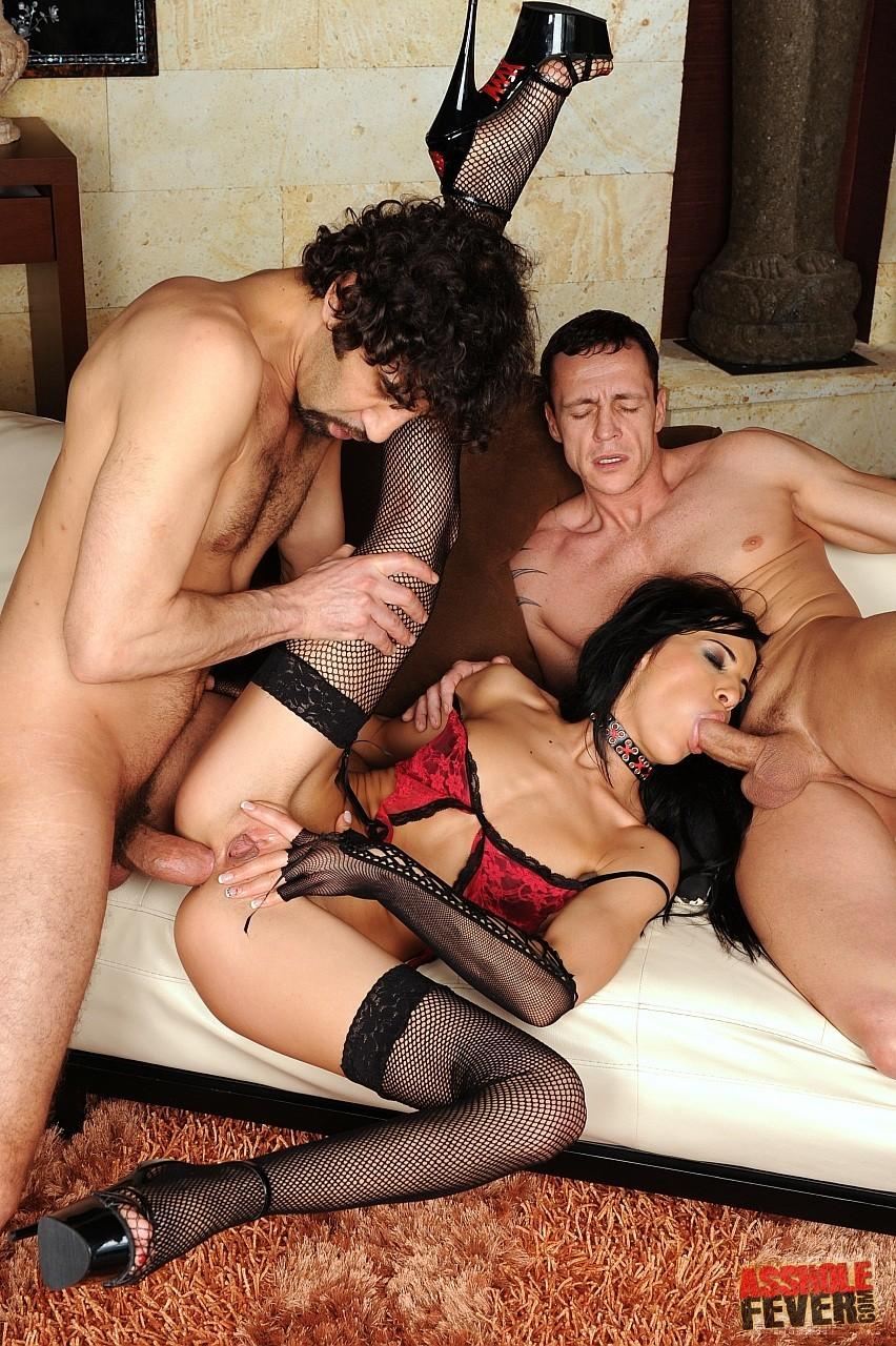 domashnee-video-gruppovoy-analniy-seks