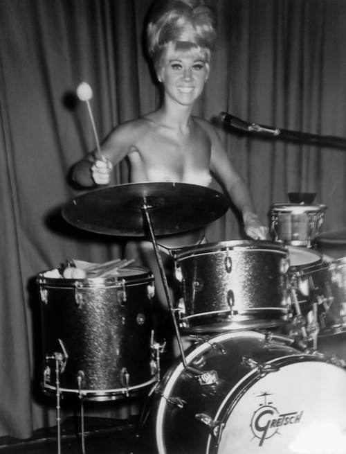 Naked girl with drums