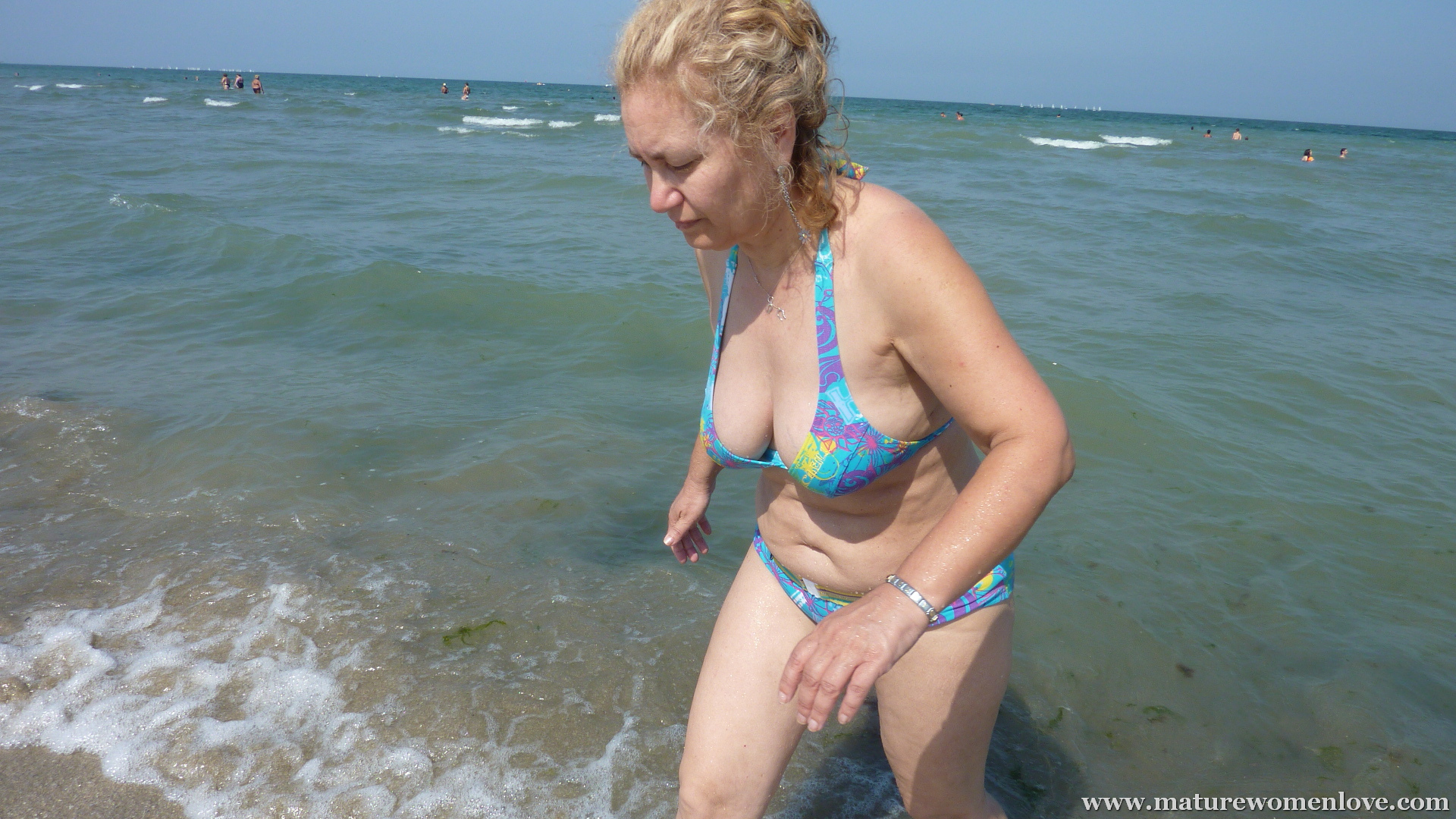old milf beach - motherless