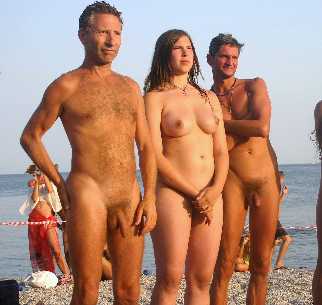 daddy nudist daughter