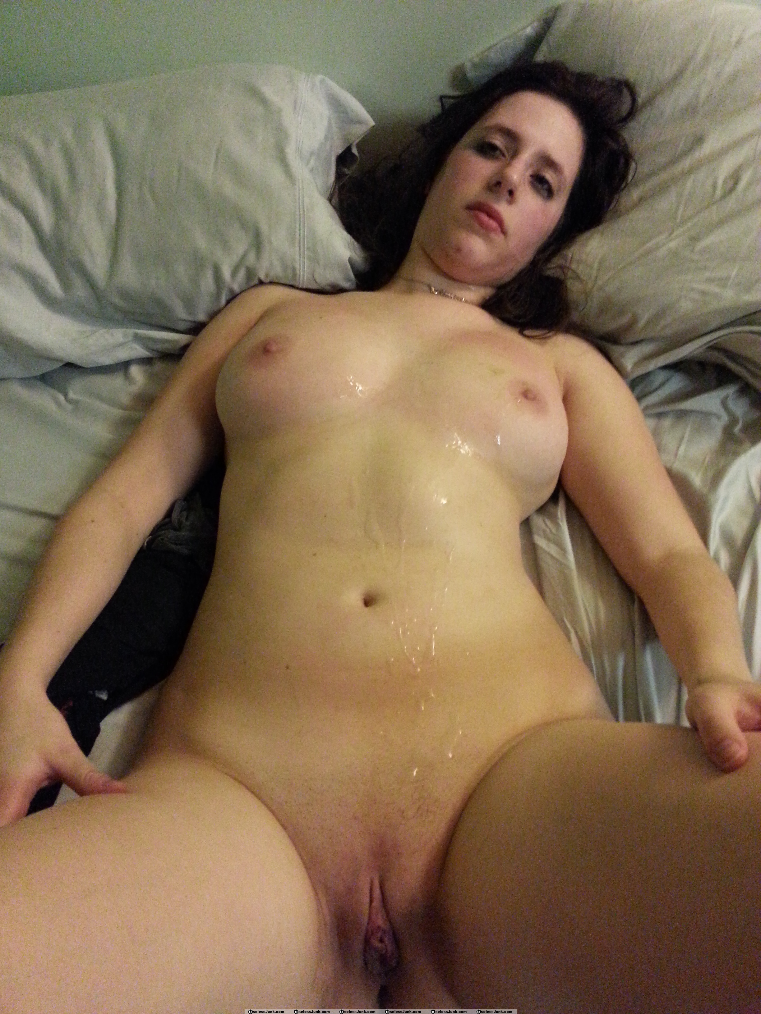 Amateur body cum shots