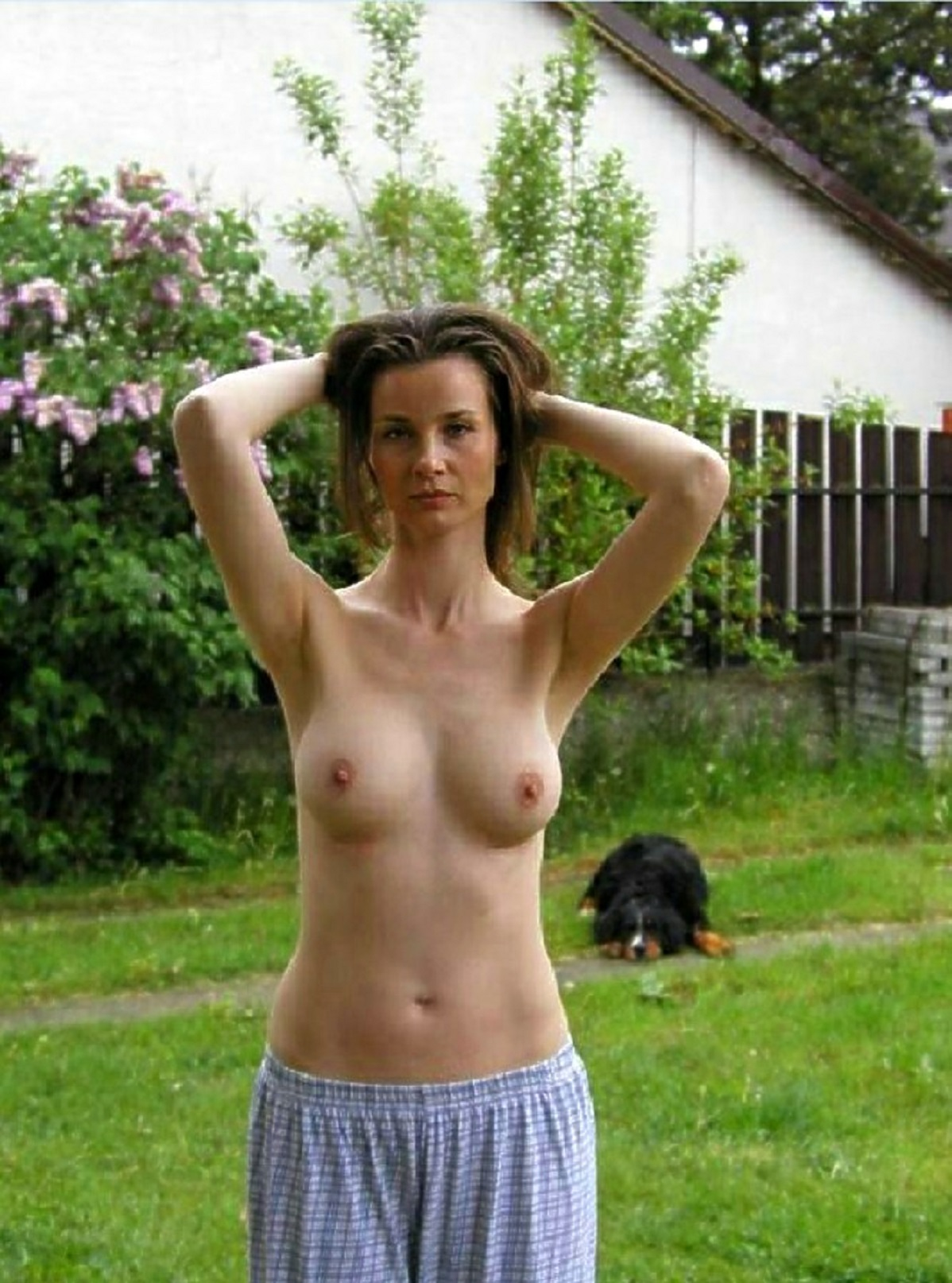 toples wife