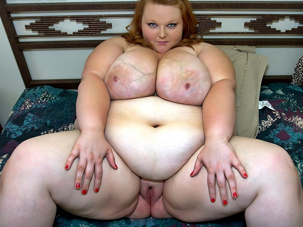 Naked fat nasty chick — 15