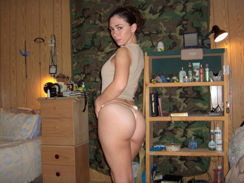 naked women in military