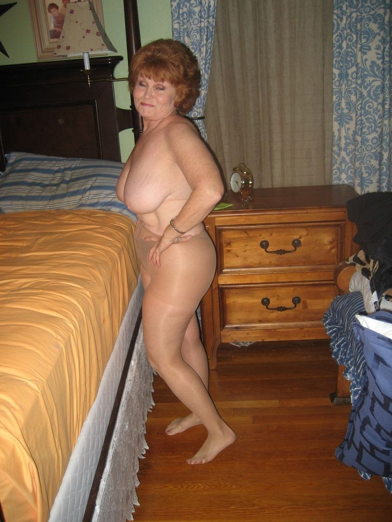 in pantyhose Aunt
