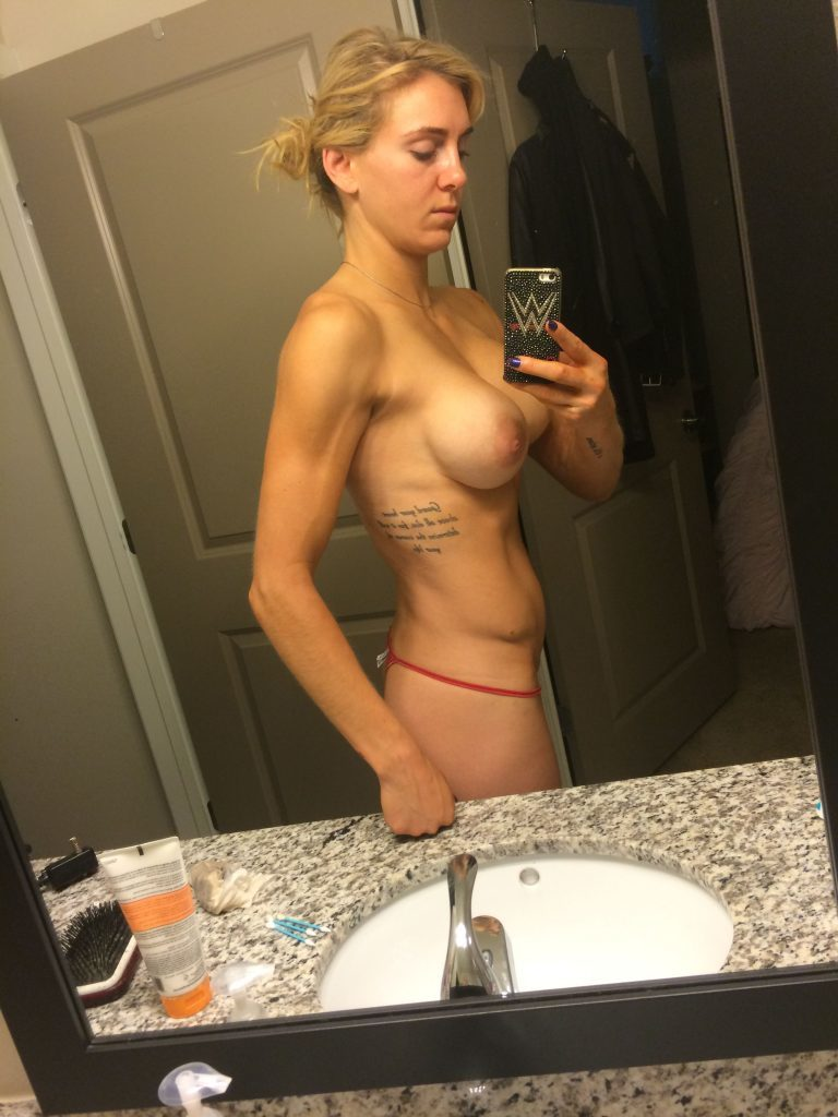 Boob and pussy flash pic