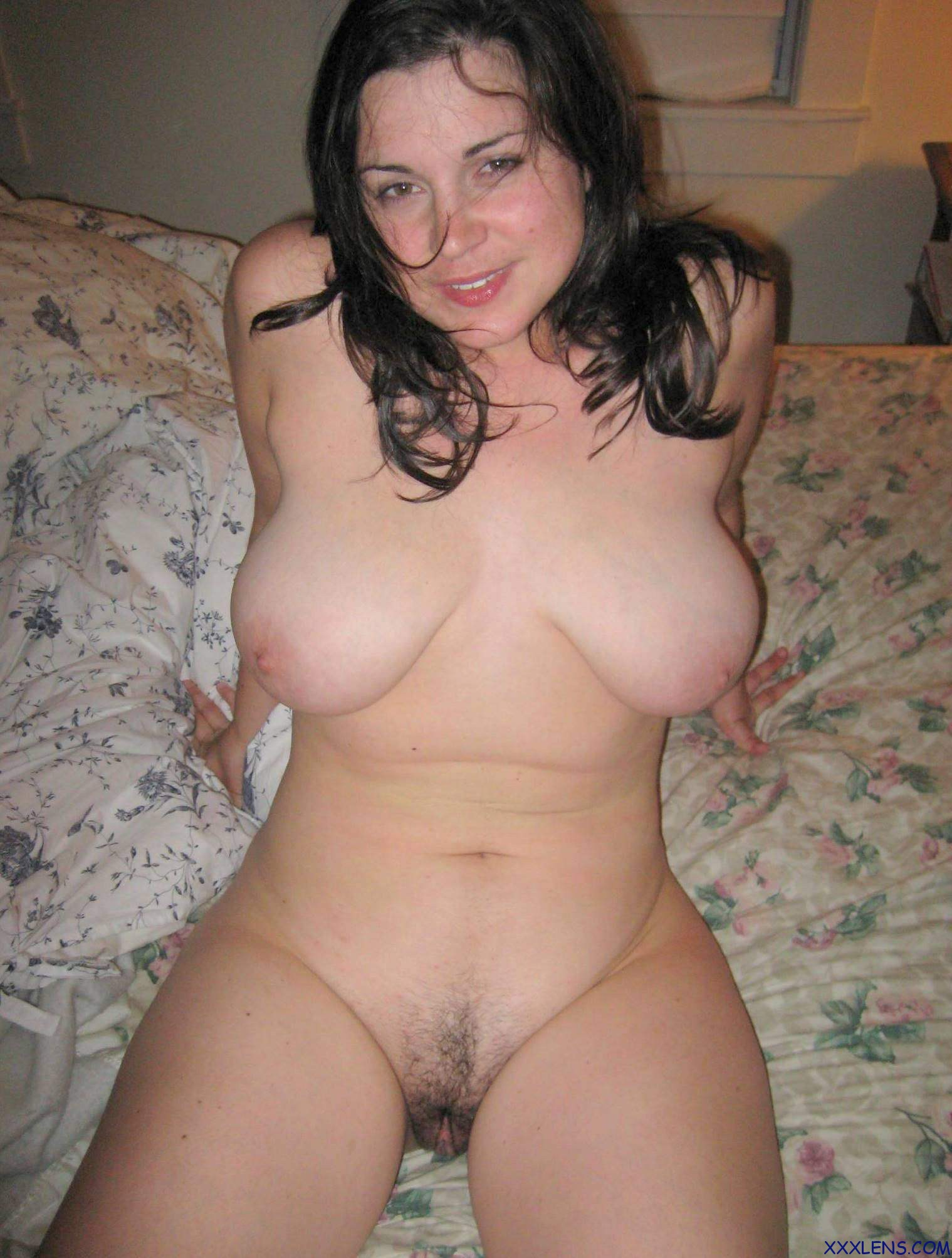 Amateur big natural tits