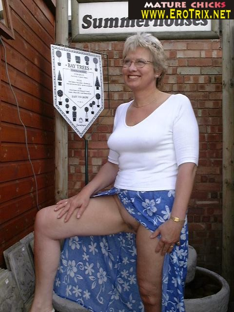 Beide shaved granny porn attractively body