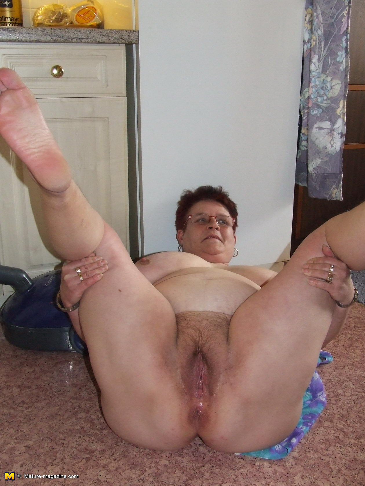 spread pussy pics mostly amateur - motherless