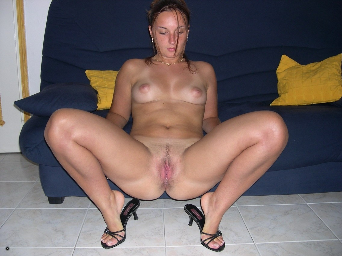 Amateur female nude pictures #2