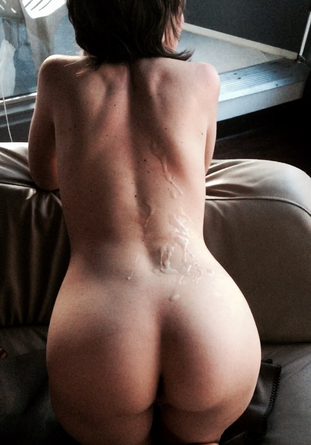 Cum on girlfriends back