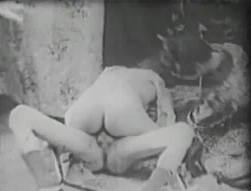 Pissing sexy video