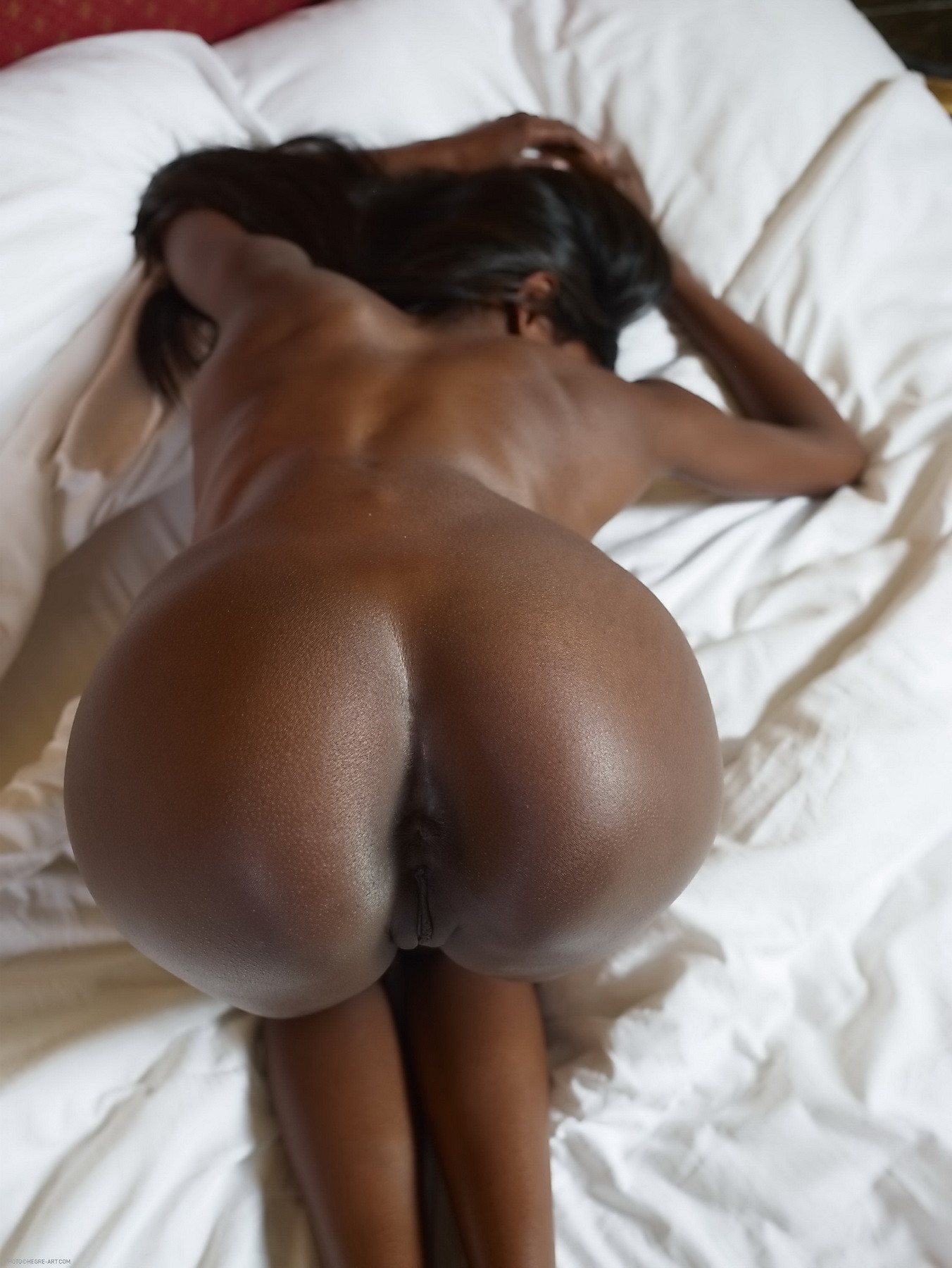 Ebony Face Down Ass Up Anal
