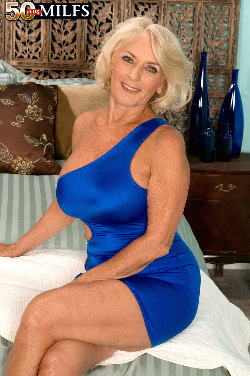 georgia peak -64yo- hot gilf - motherless