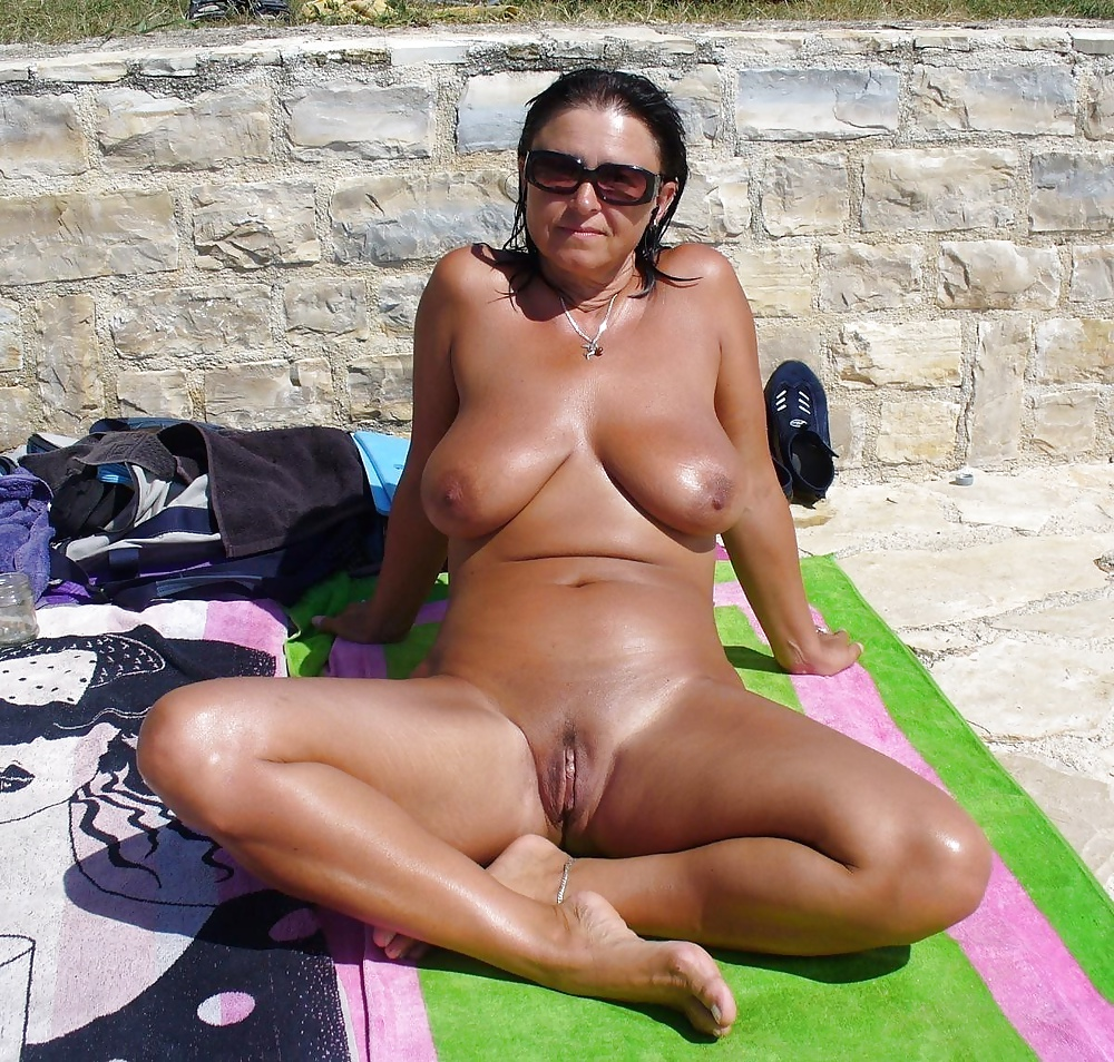 DELORES: Mobile gps dating