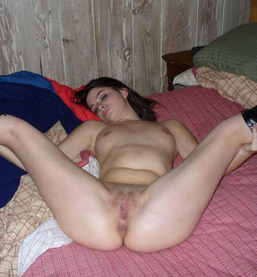 Open legs pussy pic