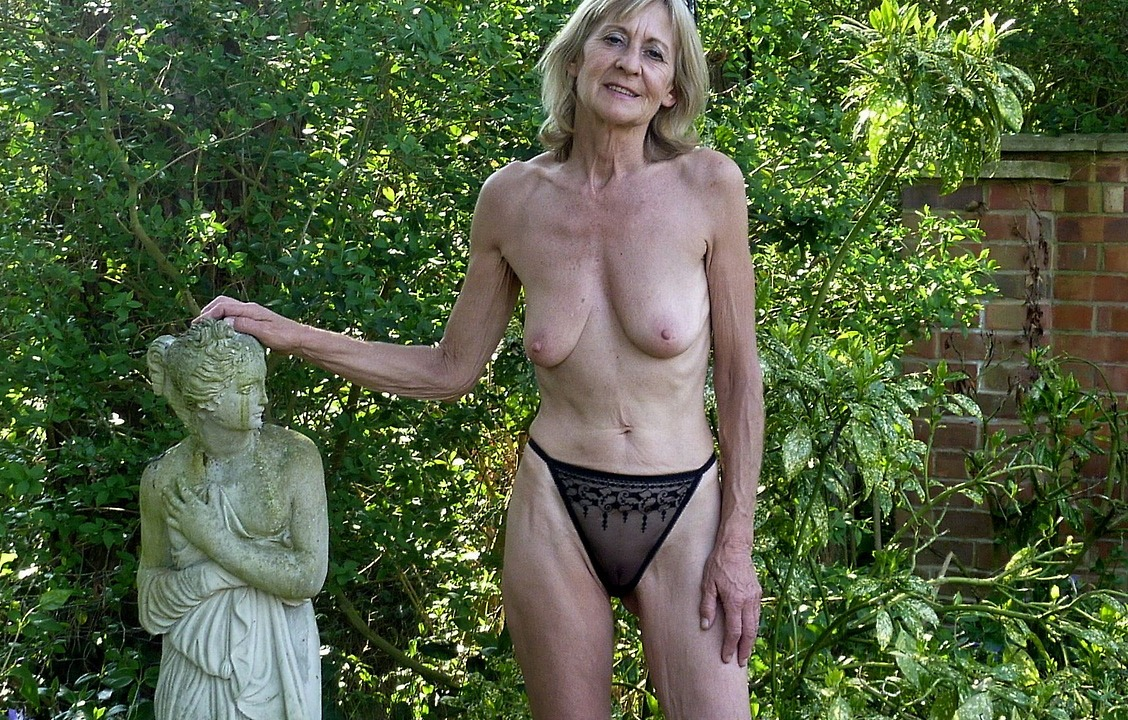 Fat granny melody her chubby milf buddy sun their naked saggy tits outdoors