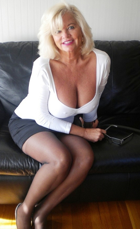 some very hot old milfs - motherless