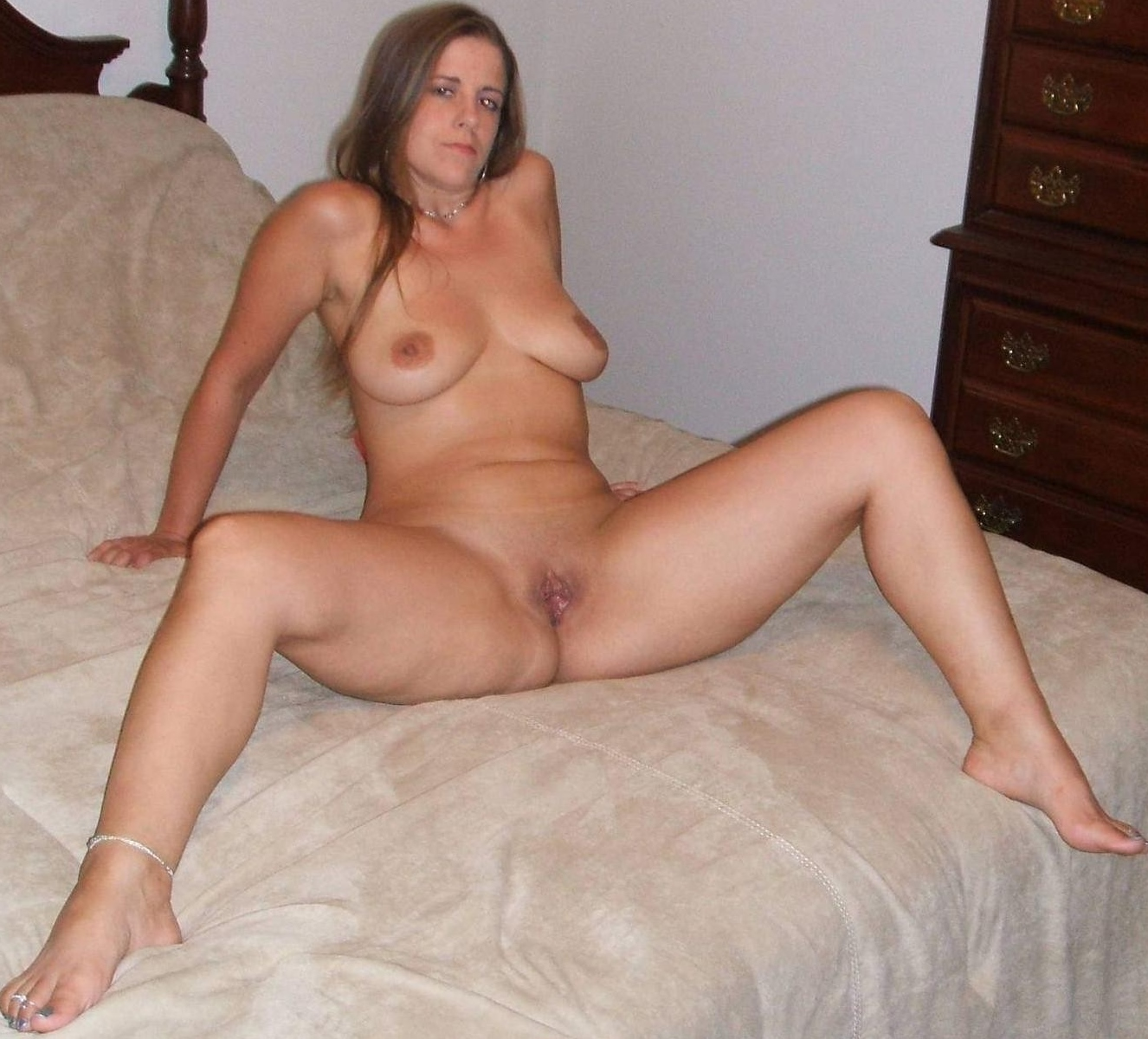Wife mature pussy amateur
