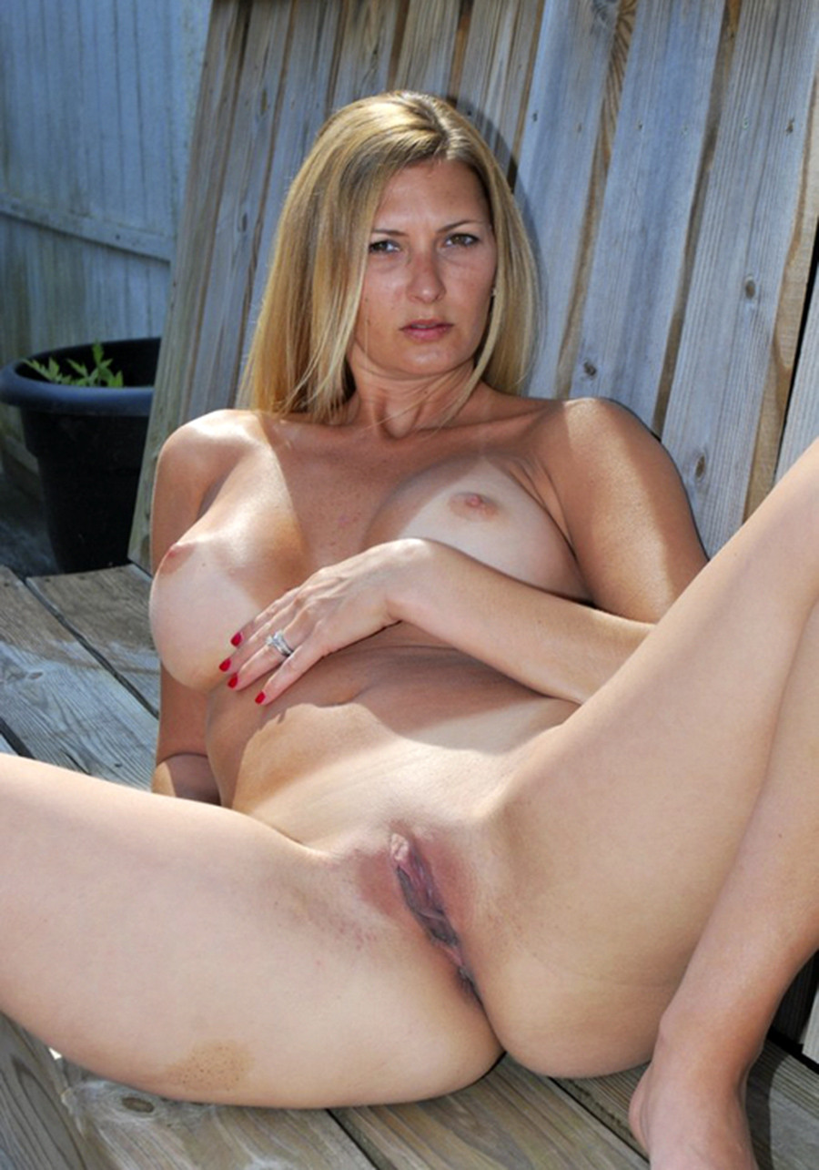 mature women nude older tumblr. amateur