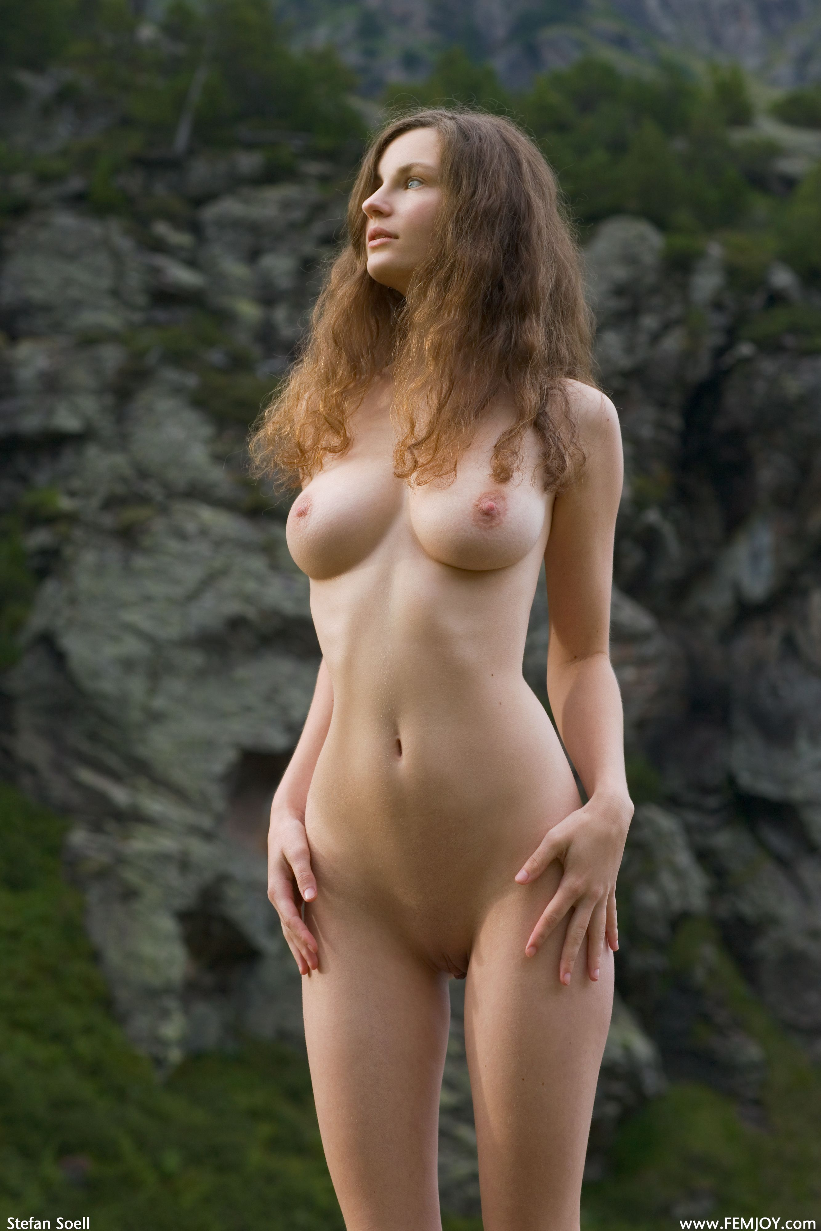 susann-summers-in-the-nude