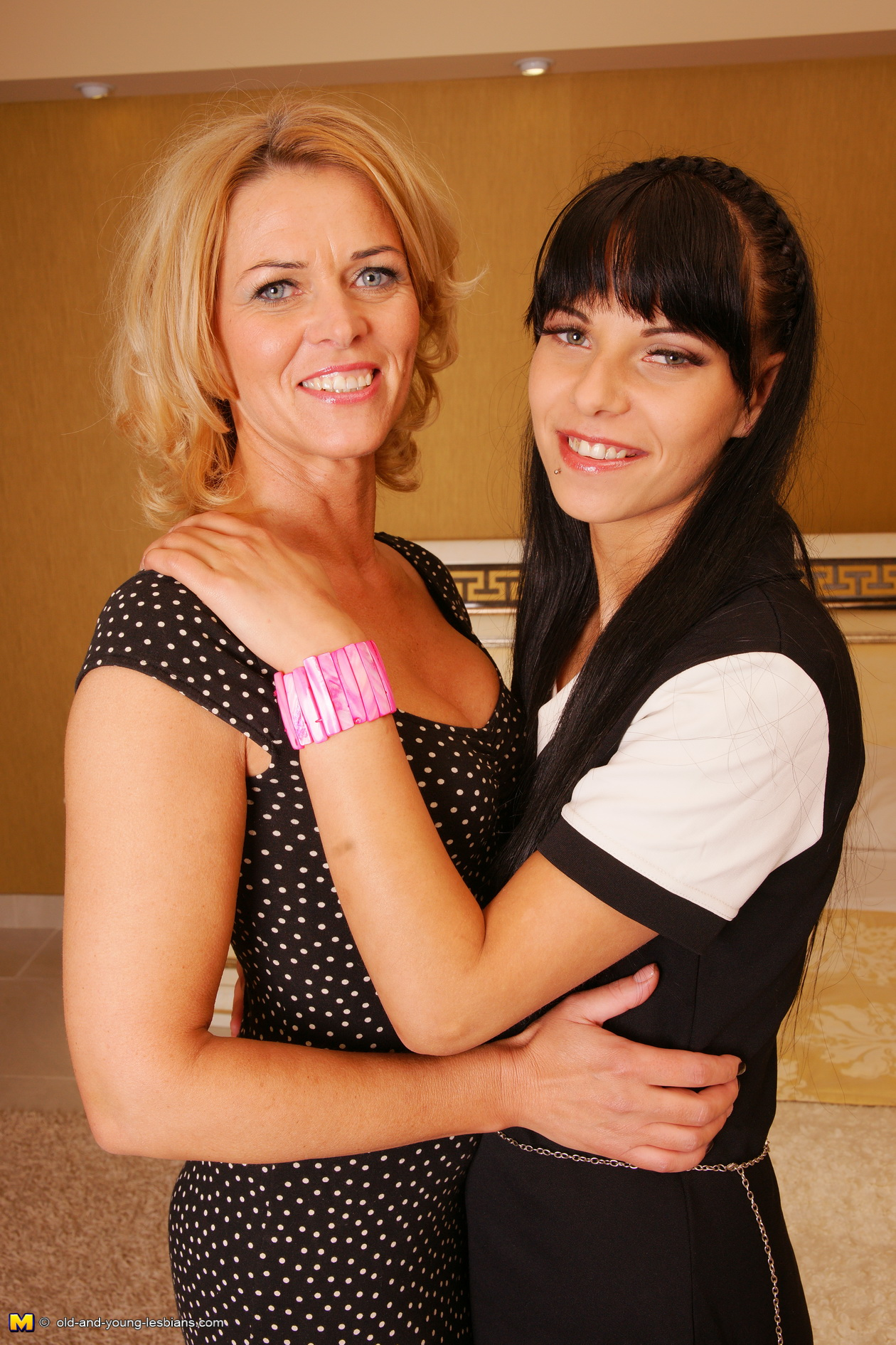 Mature lesbian picture galleries