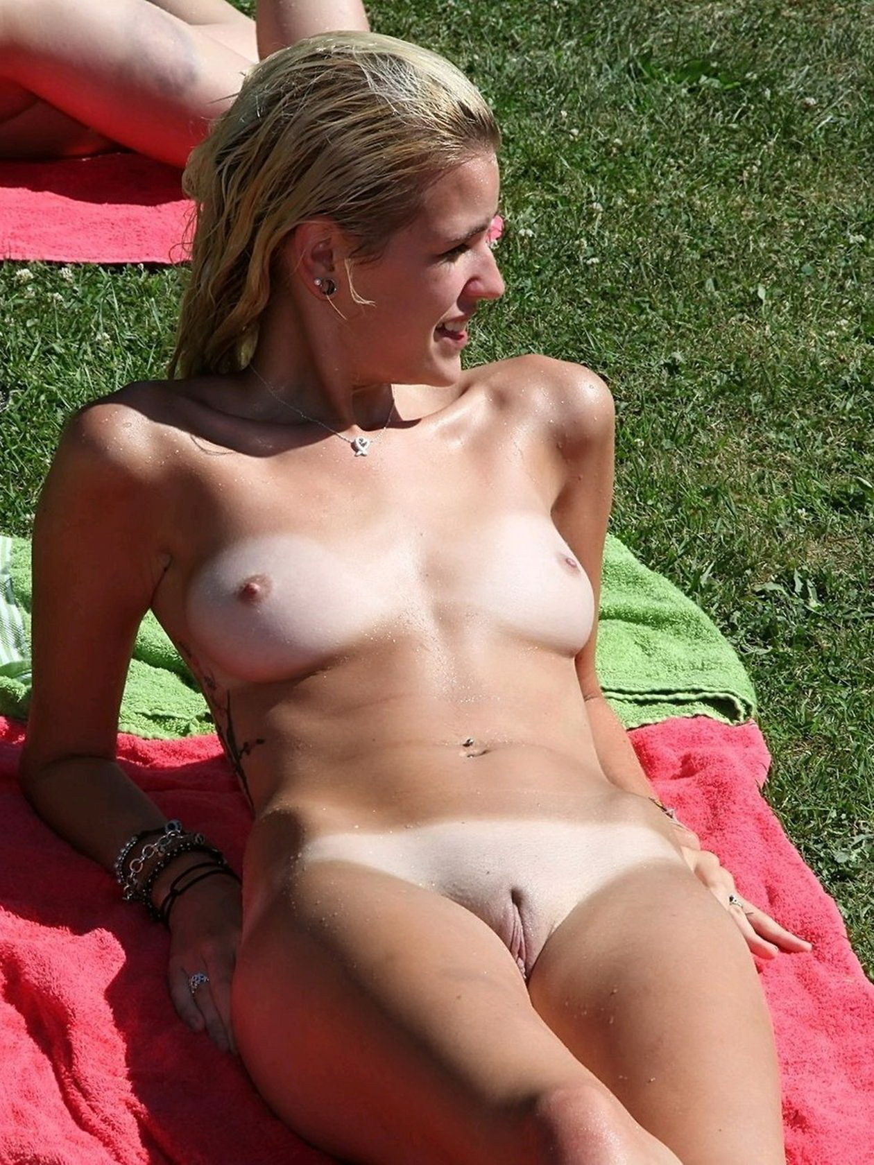 Teen girls on nude beach