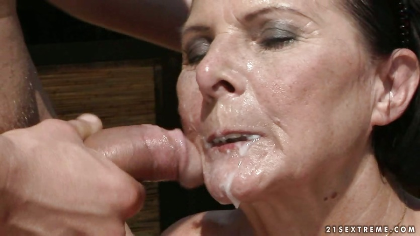 Featured granny drowned facial cum porn pics xhamster