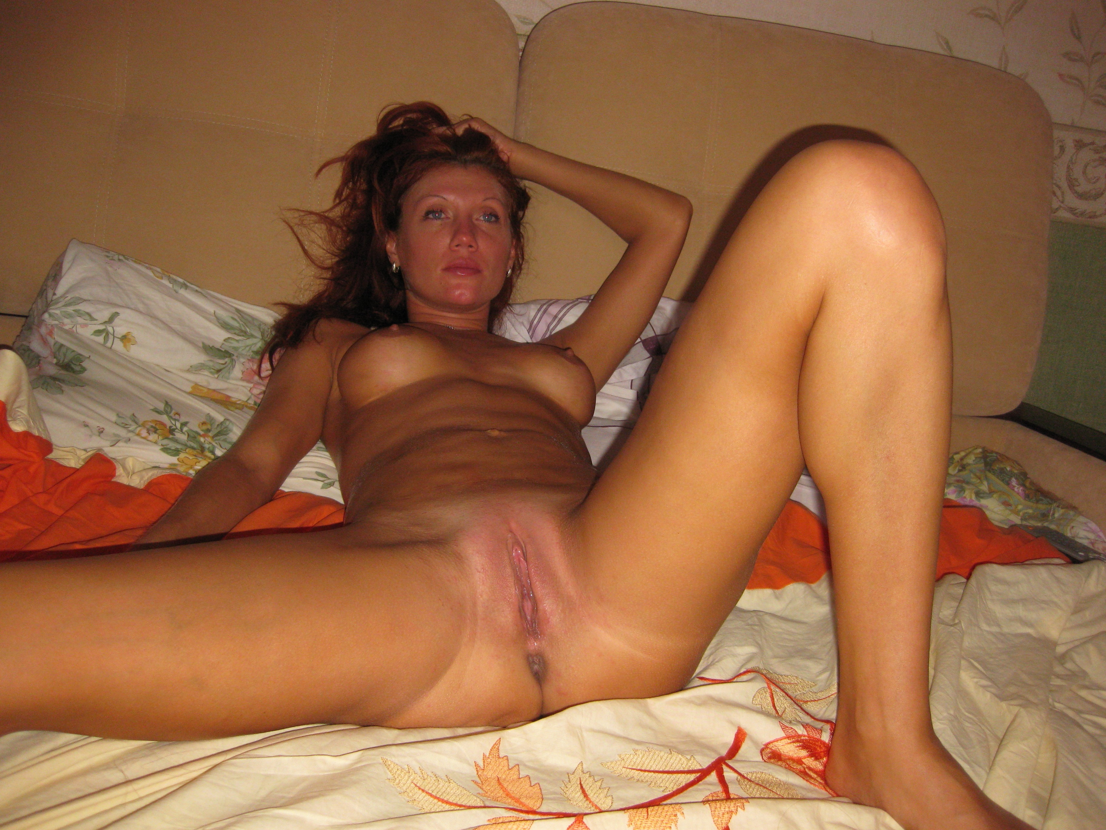 Kinky couple threesome with a hot real estate broker 7