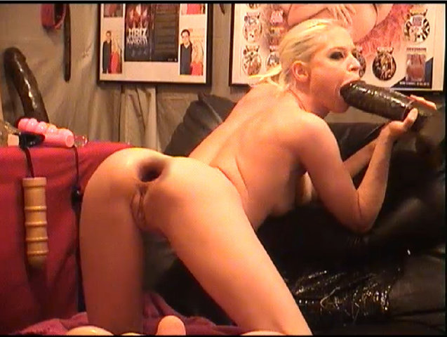 Massive Anal Dildo - Ebony milf catches her husband cheating and joins in