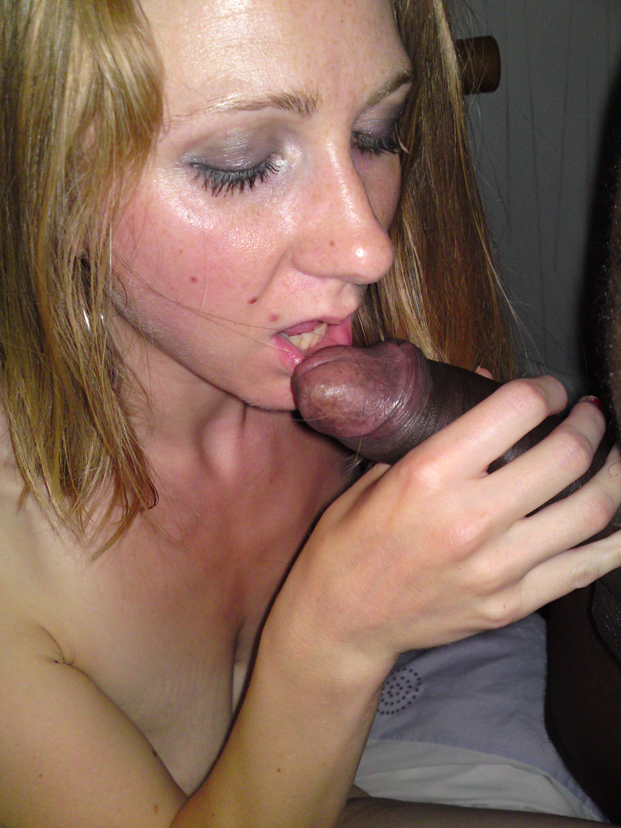 Wife getting some big cock