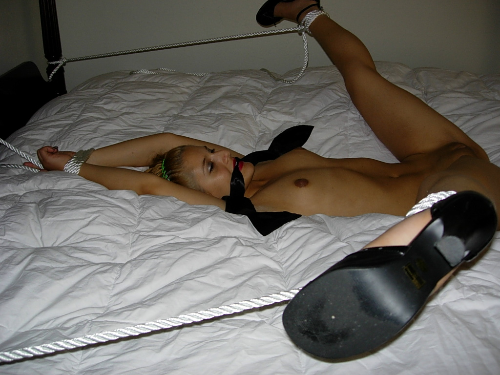 bdsm Girl passed out