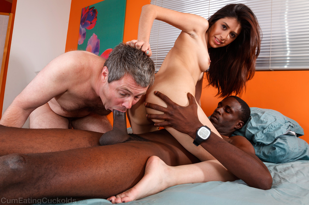 Amateur Asian Rides Black Dick