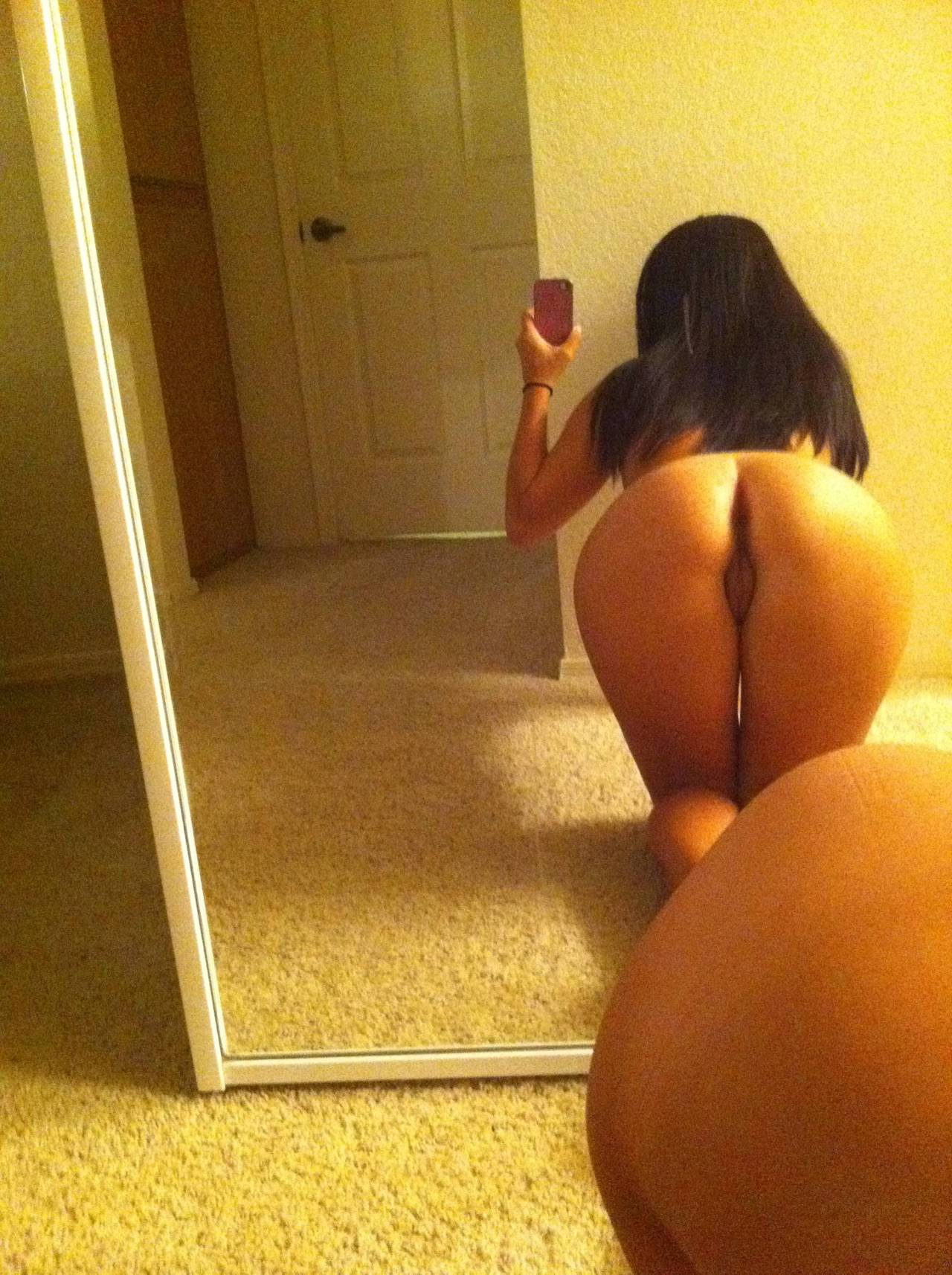 for-bitches-in-thongs-self-pics-nude-indian