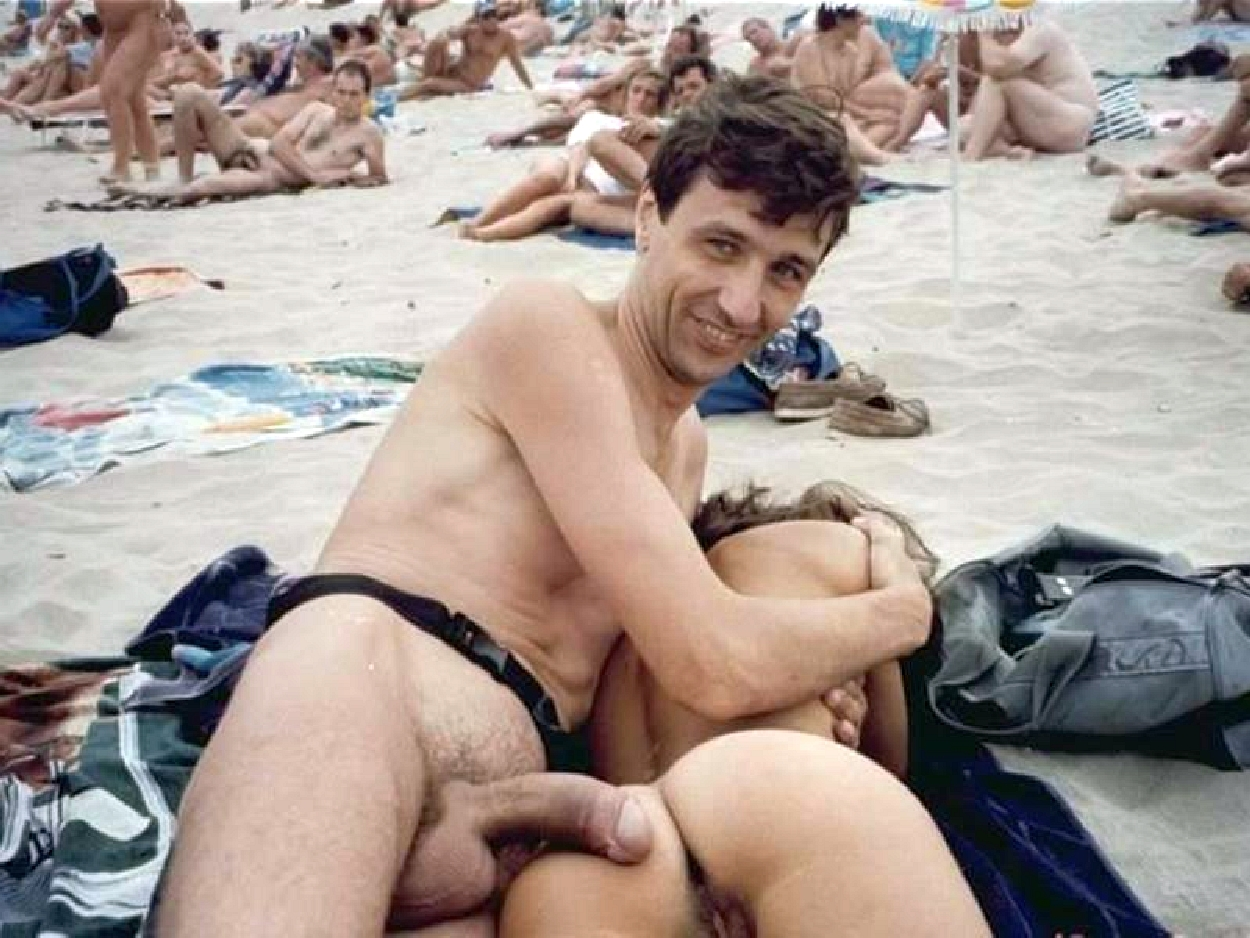 doing naked intercourse at beach