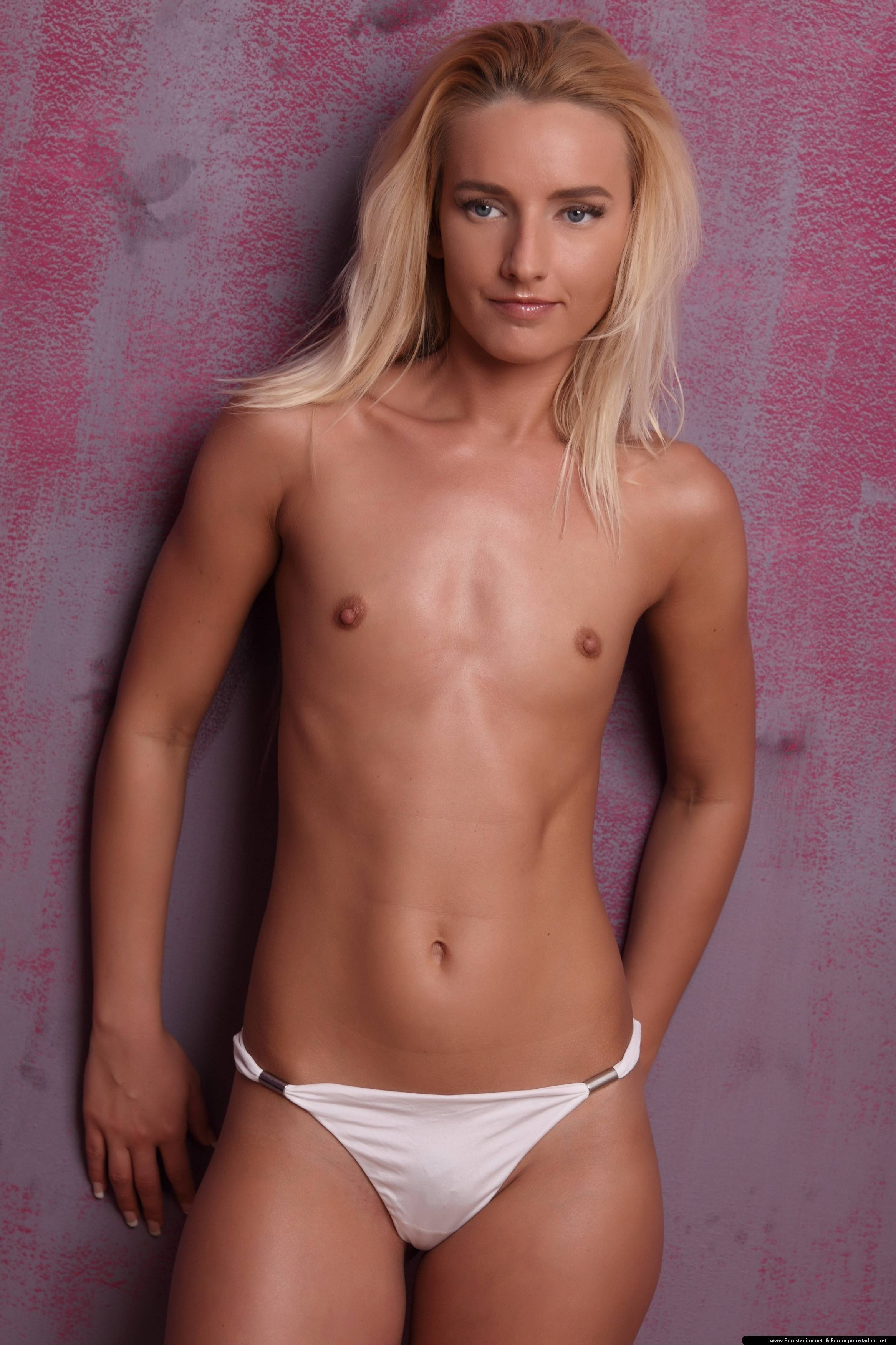 Flat chested female nudist