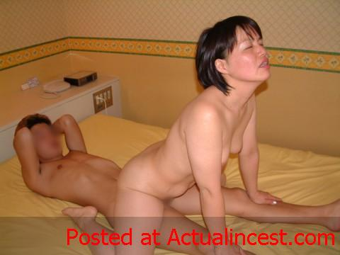 xxx son real and mom