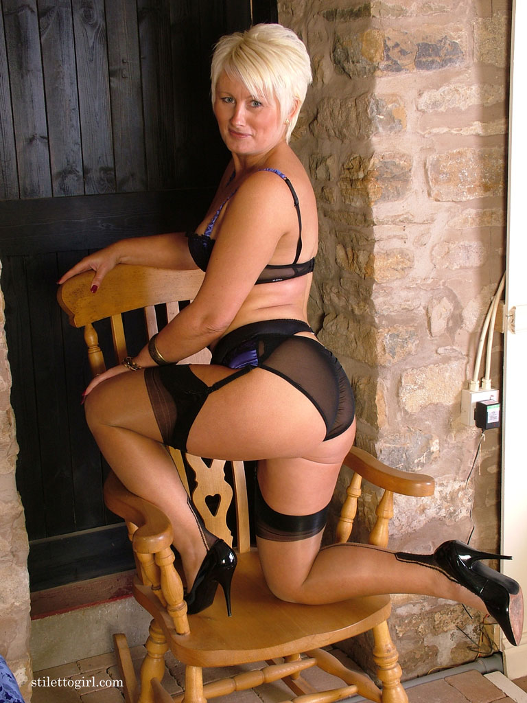 Busty Blonde British Milf