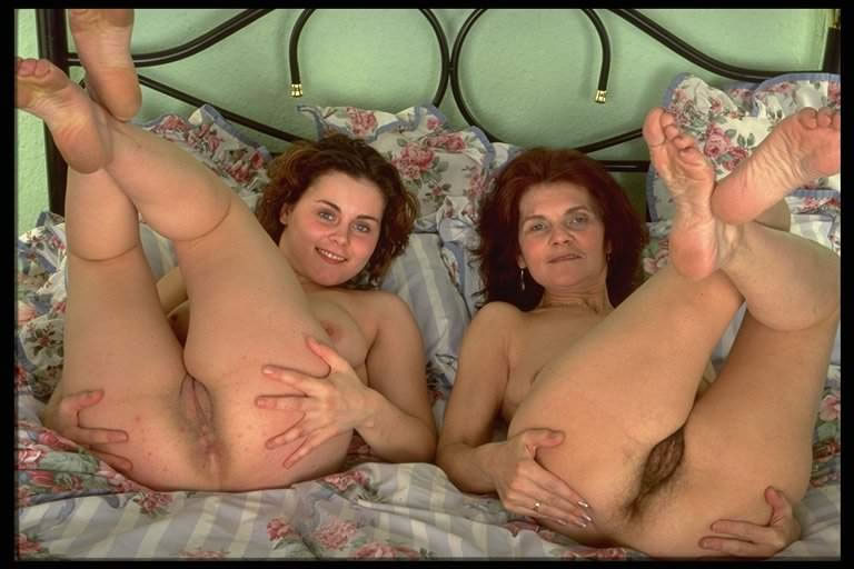 Naked pics of real mothers