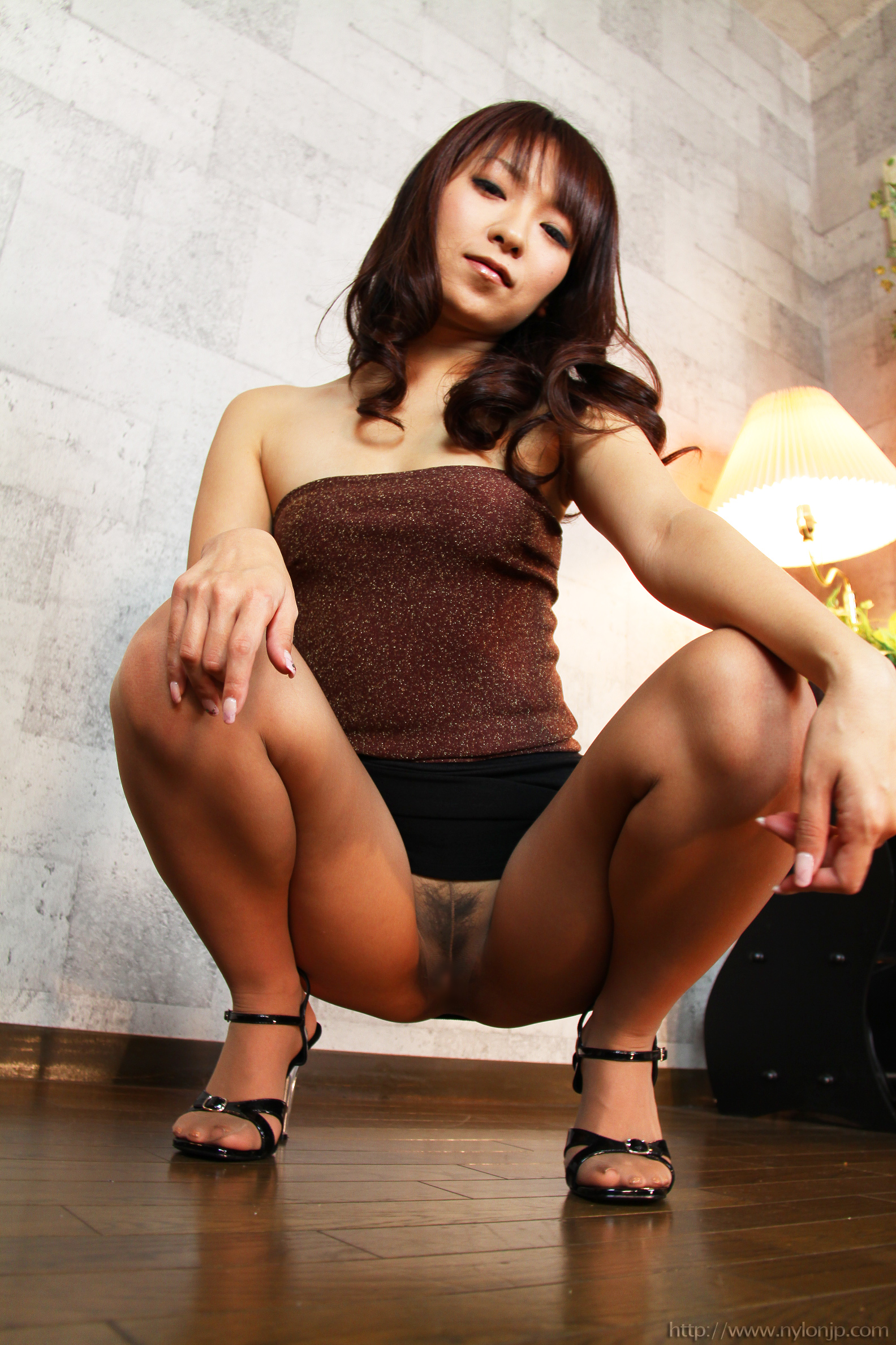 In pics asians pantyhose