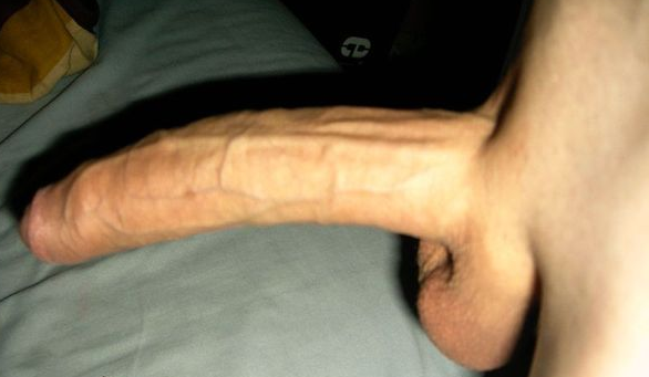 Uncercumsized dick